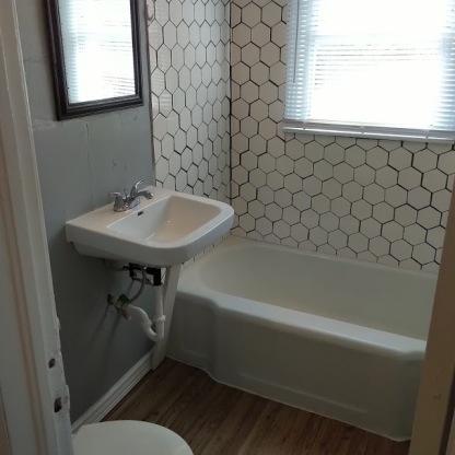 1536 bathroom